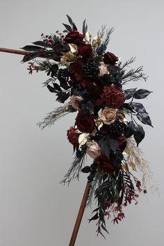 Boho Wedding Flowers, Fall Wedding Bouquets, Flower Bouquet Wedding, Floral Wedding, Edgy Wedding, Halloween Wedding Flowers, Wedding Ideas, Gothic Wedding, Wedding Stuff