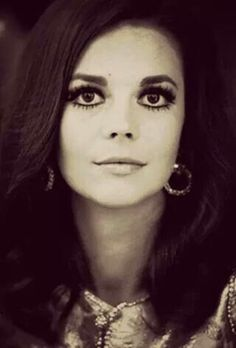 Natalie Wood......Eye'ssssss