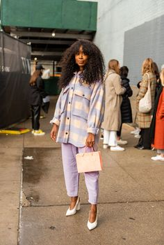 Nyfw Street Style, Autumn Street Style, Casual Street Style, Street Style Women, Fall Street Styles, Fall Fashion Street Style, Modern Street Style, Trendy Fall Outfits, Fall Fashion Outfits