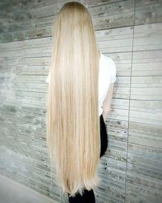 Для тих, хто просив фото волосся на данний момент Пишіть під фото запитання які вас можливо цікавлять, або ж теми для посту чи прямого ефіруА я обов'язково відповім #моєволосся_innalymar18#волосы#длинныеволосы#уходзаволосами#шкв#hairblog#verylonghair#hair#blondehair