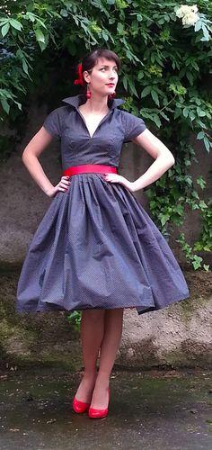 Šaty 50.léta Černé s puntíčkem   Zboží prodejce Simona Tošková 8029e42a06