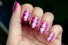 Retro-dotted mani Polished Polyglot