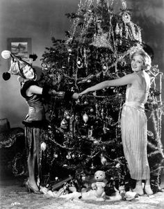 Vintage Hollywood Holiday: Dorothy Jordan and Gwen Lee - Christmas 1920s