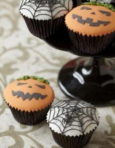 Halloween cupcakes solihull