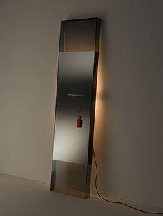 Mirror on pinterest standing mirror floor standing for Standing glass mirror