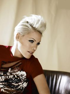 P!nk. So awesome.