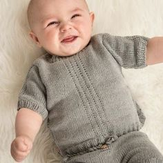 Knitting For Kids, Baby Knitting Patterns, Free Knitting, Crochet Pattern, Free Pattern, Knitting Ideas, Baby Barn, Baby Overalls, Summer Patterns