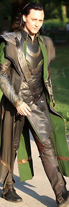 """Tom Hiddleston as Loki filming """"Marvel's 'The Avengers'"""" in Central Park, New York City. Click here for full resolution: http://i.imgbox.com/8tvSpRxY.jpg"""