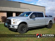 Check out this F150 from our store in Orillia, ON.  Installed is: Bull Bar by Steelcraft Cab Guard by Backrack Inc. with tonneau cover adapters #ProfessionalGradeInstallation
