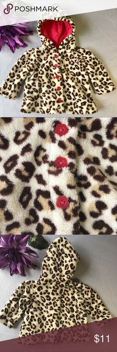 👶Leopard print infant Jacket 0-3 months 👶 This adorable jacket is sure to keep your new bundle of joy warm this spring.   Size 0-3 months Good condition. I have fond memories of my little one wearing it. ❤️   It's still in good condition. No stains or tears. Buttons are all present. small wonders Jackets & Coats