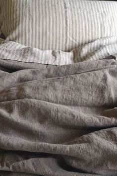 Natural Rustic Rough Heavy Weight Linen Duvet Cover / All sizes. Natural flax colour.Pure linen bedding