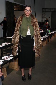 Jenna Lyons Photos Photos - Jenna Lyons attends the Zero + Maria Cornejo fashion show during New York Fashion Week at Pier 59 on February 13, 2017 in New York City. - Zero + Maria Cornejo - Front Row - February 2017 - New York Fashion Week