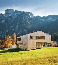 wohnhaus in mellau by österreich    architekten: jürgen haller & peter plattner