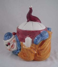 Shawnee Clown Cookie Jar