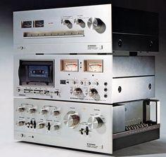 PIONEER Hi-Fi 1976. www.1001hifi.com