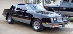 1985 Olds 442 with 305 350Y Motor Holley 1150 Dual Quad Carb. 3:73 POSI rear. FlowMaster dual exhaust.