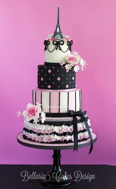 Pink and black Parisian cake Gorgeous Cakes, Pretty Cakes, Amazing Cakes, Paris Themed Cakes, Paris Cakes, Bolo Chalkboard, Parisian Cake, Bolo Paris, Bolo Fack