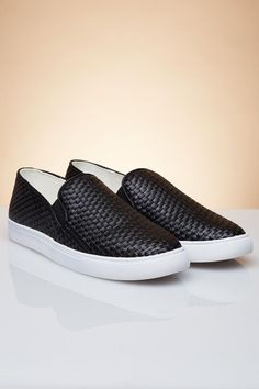 Trendy Plus Size Clothing & Junior Clothing Athleisure Trend, Athleisure Fashion, Leather Weaving, Slip On Sneakers, All In One, Stylish, Casual, Shoes, Zapatos