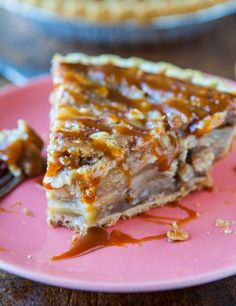 Caramel Apple Crumble Pie | 17 Thanksgiving Dishes You Can Make Ahead Of Time