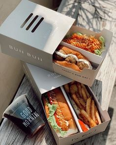 Fast Food Menu, Good Food, Yummy Food, Food Packaging Design, Cafe Food, Aesthetic Food, Food Cravings, Food Design, Food Inspiration
