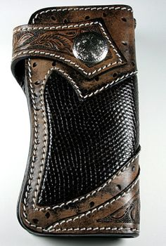 Wallet Chain, Long Wallet, Leather Passport Wallet, Leather Crafting, Leather Hats, Leather Wallets, Bike Stuff, Leather Working, Chains
