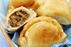 Pierogi pieczone z mięsem Pierogi, Apple Pie, Hamburger, Menu, Bread, Cooking, Desserts, Recipes, Food