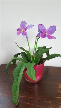 Plant van Karton, Made by Mirjam