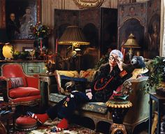 Iris Apfel in her NYC's home