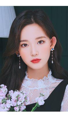 Pretty Korean Girls, Beautiful Asian Girls, South Korea Fashion, Ulzzang Korean Girl, Aesthetic People, How To Look Classy, Female Portrait, Korean Aesthetic, Asian Beauty