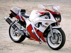 Yamaha FZR 400 RR SP 1990-This 400cc bike has an excellent frame. Suspension components can be refreshed or updated and you could have a great handling bike that is fun to rev!