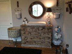 vintage nursery | Looking closely into the mirror you will notice some pretty black cows ...