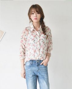 JUSTONE - Floral Pattern Textured Blouse