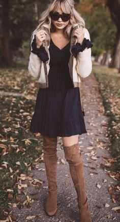 Never Ending Navy - Cara Loren Fall Outfits, Casual Outfits, Fashion Outfits, Womens Fashion, Fasion, Cara Loren, Beauty Contest, International Fashion, Mode Inspiration