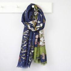 161837935a Women s Fashion Scarves