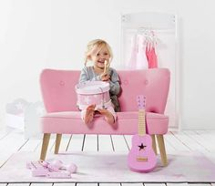 72 Best The girls rooms images  503a9dfd60304