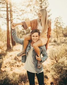 Nov 2019 - michael proposed to mccall at horseshoe bend in arizona, then they drove out to los padres national forest for their engagement photos! Engagement Photo Outfits, Engagement Photo Inspiration, Engagement Couple, Engagement Session, Engagement Photos, Engagements, Engagement Photography, Casual Engagement Outfit, Oval Engagement