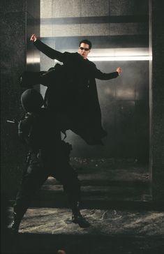 """""""The Matrix"""" Starring Keanu Reeves, Lawrence Fishburne and Carrie Ann Moss Keanu Matrix, Keanu Reeves Matrix, Matrix Characters, Science Fiction, Illuminati, The Matrix Movie, Man In Black, Keanu Charles Reeves, Pulp"""