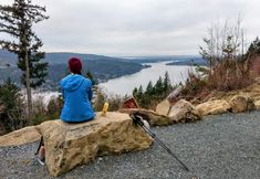 https://www.bellingham.org/insider-blogs/3-hikes-paired-with-happy-hours-around-bellingham/