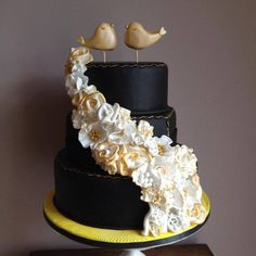 Love Birds - Cake by Wooden Heart Cakes