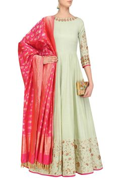 Buy Pastel Green Color Long Dress by Akanksha Singh at Fresh Look Fashion Indian Attire, Indian Wear, Indian Outfits, Indian Clothes, Look Fashion, Indian Fashion, Luxury Fashion, Stylish Dresses, Fashion Dresses