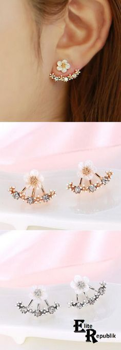 【US$ 4.77】 Whether headed to a fancy party, attending a special event or simply meeting up with your crew, all you have to do is slip on these trendy ear jackets to set your look ablaze! Enhanced with the addition of multiple tiny daisy flowers and highlighted by your choice of a gold or silver finish, these jacket earrings are funky, fun and easy to coordinate with all types of looks. These fabulous earrings can also be worn when walking down the aisle, when making a grand entrance or when…