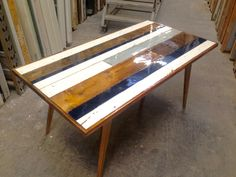 table built of recycled wood from Genbyg, with epoxy without additives