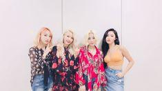 #MAMAMOO #Solar #Moonbyul #Wheein #Hwasa K Pop, South Korean Women, I Love My Wife, Aesthetic Pictures, Korean Girl Groups, Kimono Top, Celebrities, Blouse, Tops