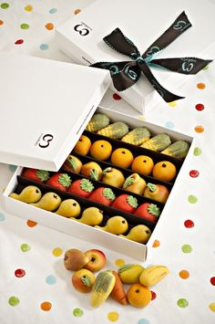Who wouldn't want to receive marzipan as a gift #packaging PD