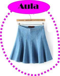 Saias Jeans formada por 6 nesgas. Tutorial Skirt Pants, Jean Skirt, Denim Skirt, Clothing Patterns, Sewing Patterns, Jean Crafts, Refashion, Diy Clothes, Cheer Skirts
