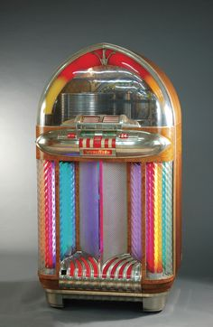 Colorful Vintage Wurlitzer Jukebox <3 Wish I had this one!