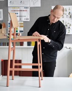 A Natural Extension: Loft Bar Stool Muuto visited designer Thomas Bentzen in his Copenhagen studio to hear about the ideas that went into his Loft Bar Stool and how one translates a design across multiple forms. New Perspective, Scandinavian Design, Bar Stools, 3 D, Two By Two, Loft, Interior Design, Learning, Chair