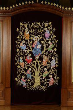 завеса на царские врата церкви. Ручная вышивка.