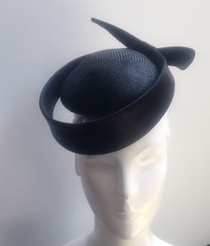 John Boyd navy scroll beret cocktail hat, perfect for a smart mother of the bride. www.johnboydhats.co.uk Discount Womens Clothing, Royal Clothing, Cocktail Hat, Kentucky Derby Hats, Wedding Hats, Fascinator Hats, Dress Hats, Summer Hats, Hair Jewelry