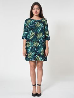 Pin for Later: Man kann es wieder wagen, American Apparel zu kaufen American Apparel Kleid Jungle Leaves Print Dress ($54)